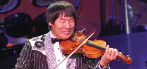 SHOJI TABUCHI at the grand opera house - galveston - 12/16/2013