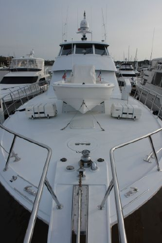 For Sale: 86' Hatteras 86 Convertible ($2,495,000)