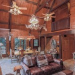 Texas Safari Log Cabin and Bunk House – Cranfills Gap Texas
