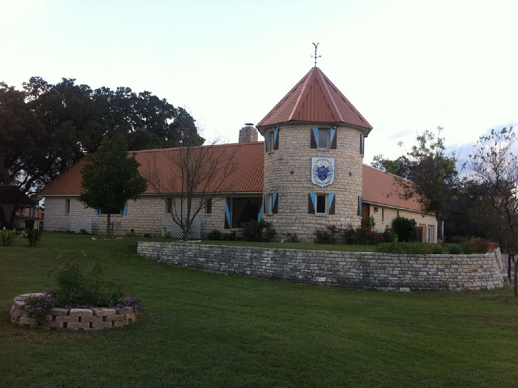 Smythwick Castle & Lodge - Marble Falls Texas
